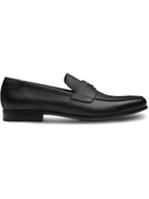 حذاء لوفر برادا